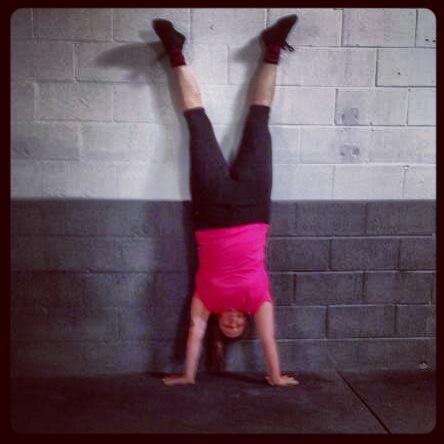 handstand_amber